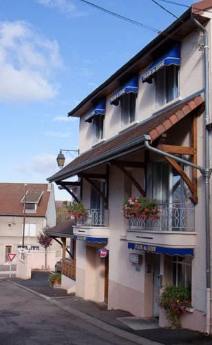 Hôtel** Clair de Lune à Arnay-le-Duc