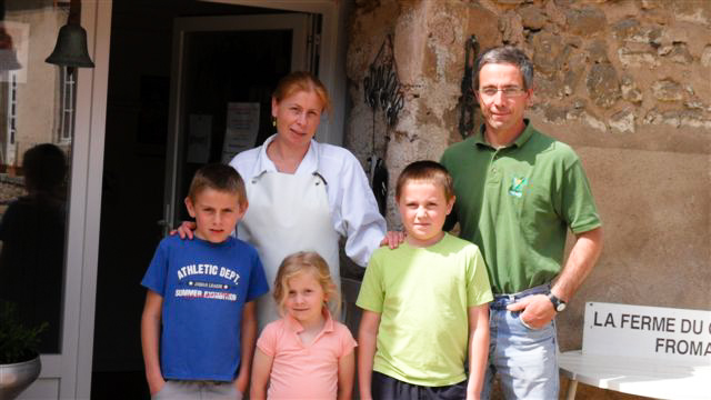 Nathalie, Benoit et leurs enfants